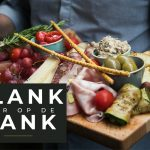 PLANK VOOR OP DE BANK